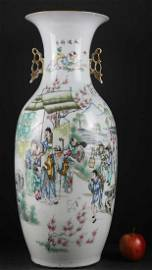 CHINESE IMPORTANT 18/19TH C. GRAND PALACE VASE