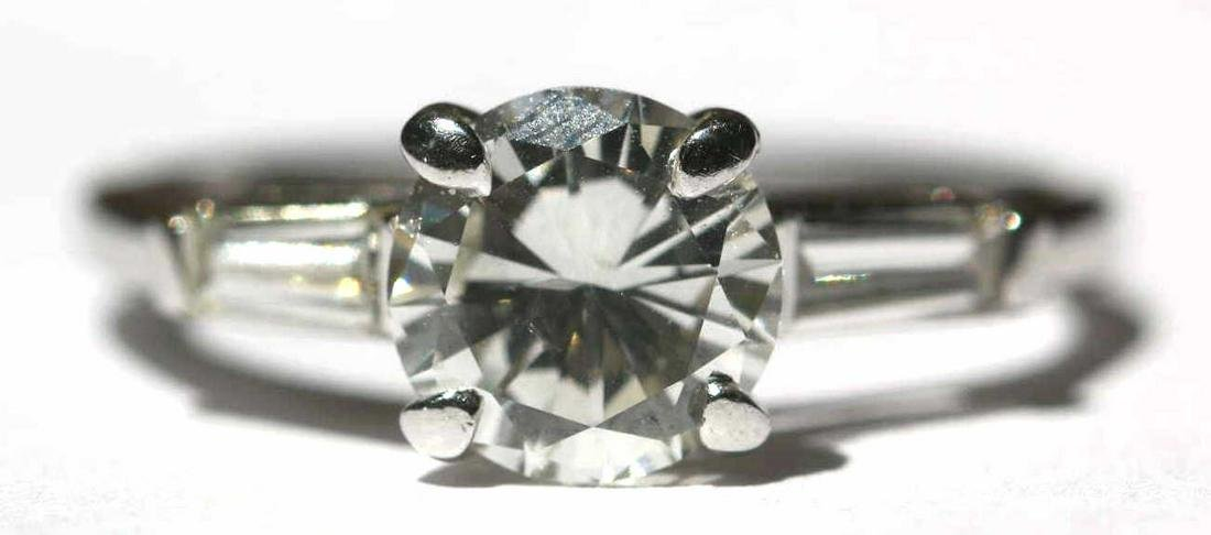 14KWG 1.7 CT DIAMOND ENGAGEMENT RING W/ BAGUETTES