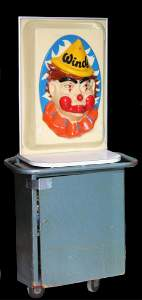 VINTAGE CARNIVAL CLOWN HELIUM BALLOON INFLATOR