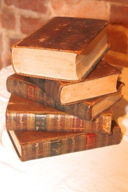 19: Life of George Washington Books by Luisana Designs