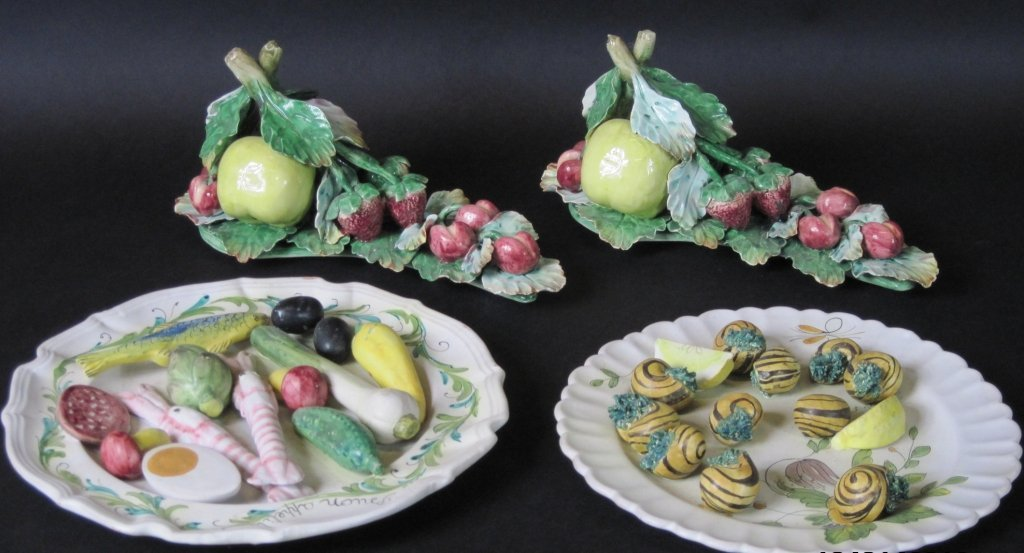 GROUP OF FOUR ITALIAN PALISSY CERAMIC PIECES: