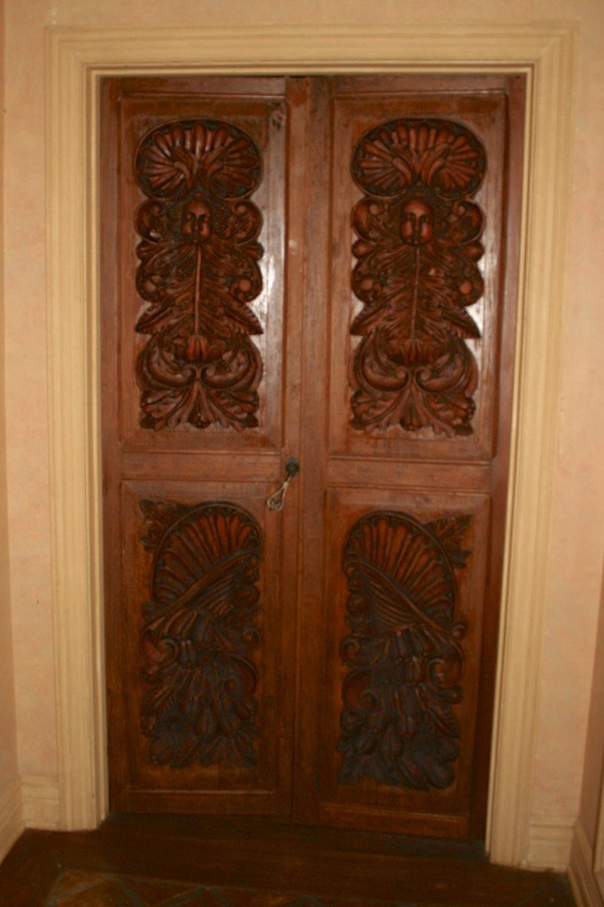 2: HAND CARVED SPANISH ENTRY SWING DOOR HALL/KITCHEN: