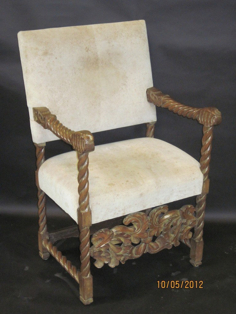 18: 19TH CENTURY SPANISH CARVED WALNUT ARMCHAIR: