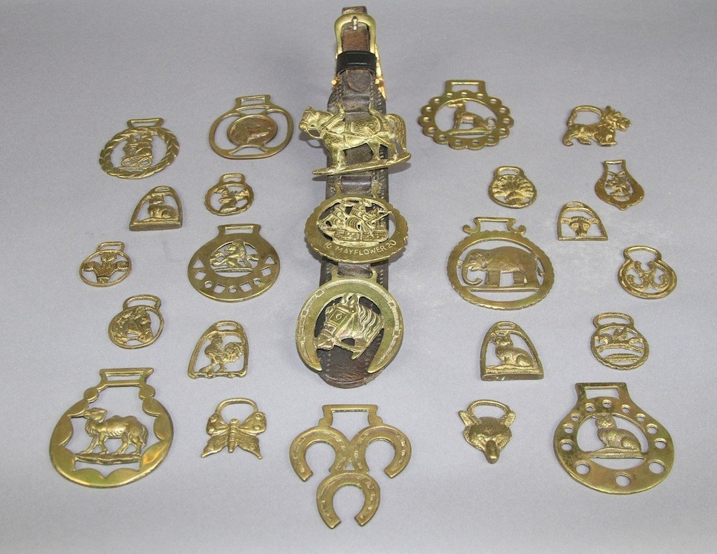 13: MISC. LOT OF EQUESTRIAN BRASSES: