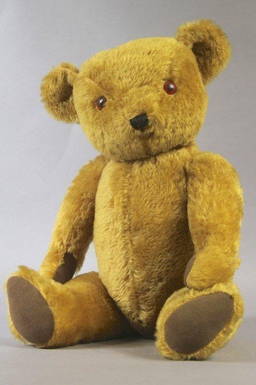 16: DEANS TEDDY BEAR: