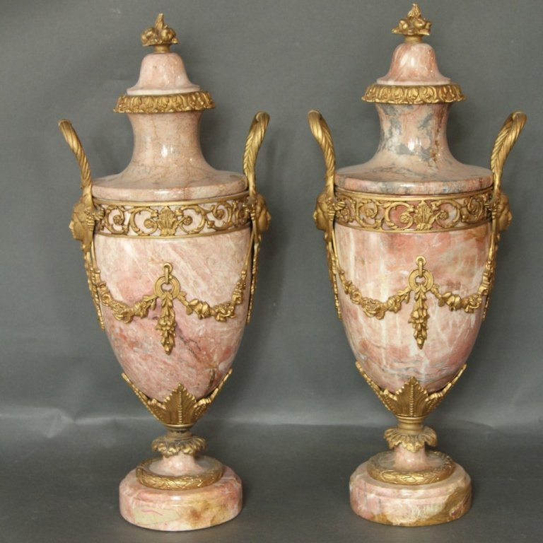 FINE PAIR OF LOUIS 16TH STYLE MARBLE URNS