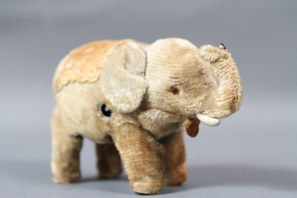ANTIQUE MECHANICAL TOY ELEPHANT POSS. STEIFF: