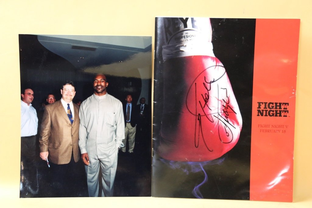 EVANDER HOLYFIELD AUTOGRAPHED FIGHT NIGHT & PHOTO