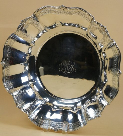 TIFFANY & CO. STERLING SILVER LARGE SERVING BOWL
