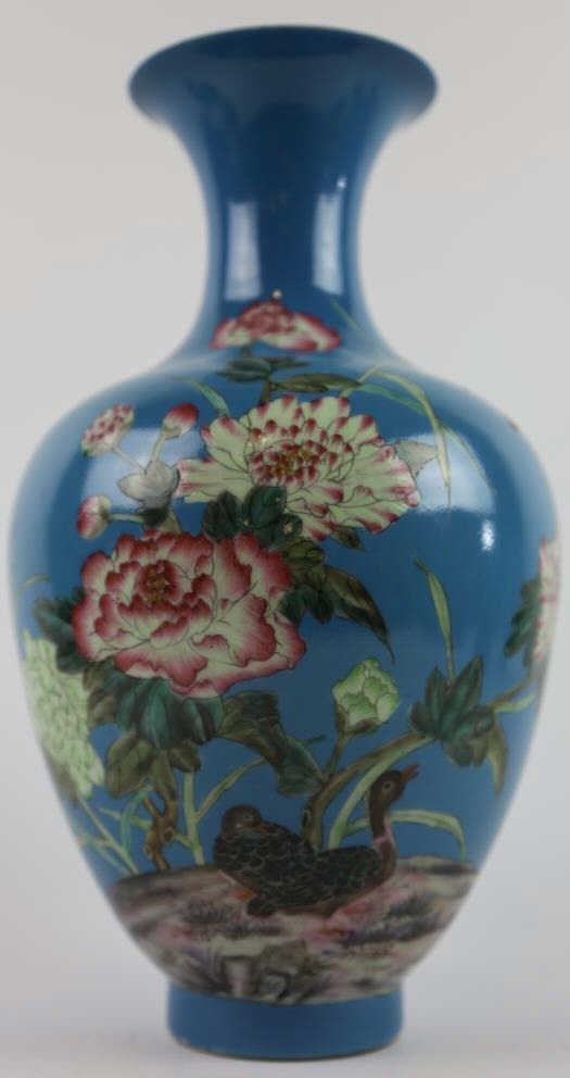 CHINESE ANTIQUE BALLISTER VASE QING DYNASTY