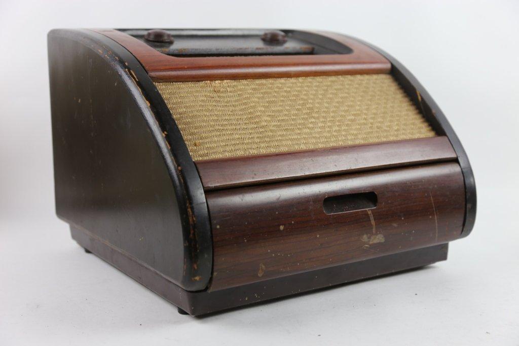PHILCO VINTAGE RADIO - 4