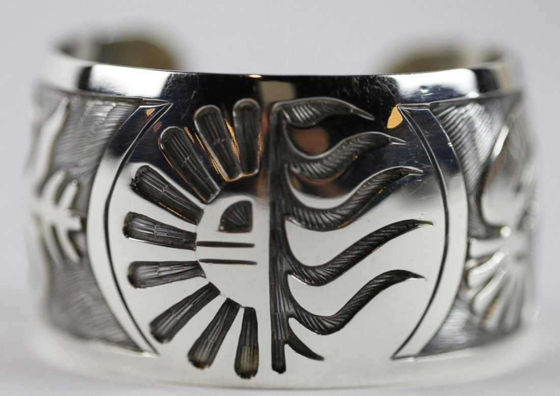 NATIVE AMERICAN STERLING SILVER CUFF