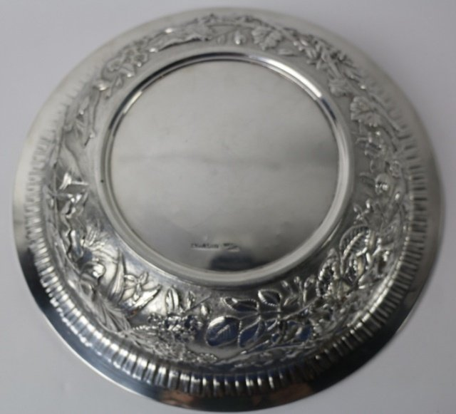 S. KIRK & SON STERLING SILVER LARGE REPOUSSE BOWL - 3