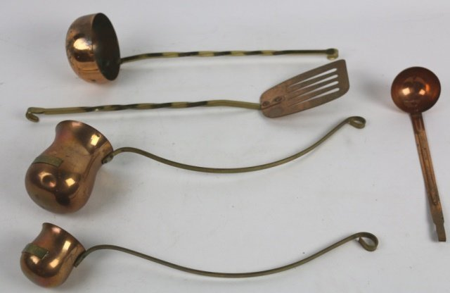 ANTIQUE COPPER COOKING UTENSILS GROUPING