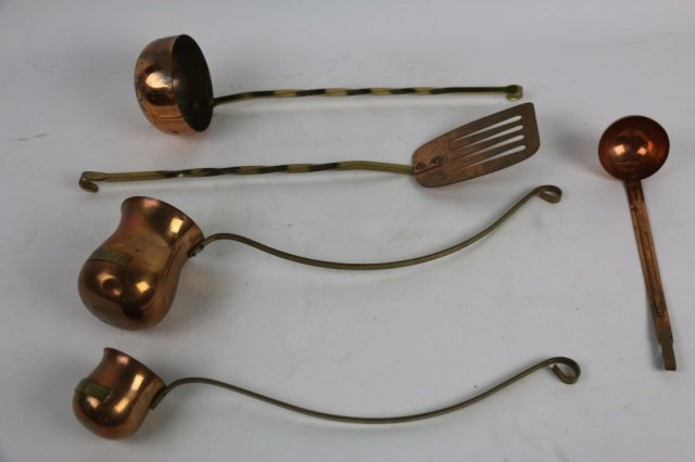 ANTIQUE COPPER COOKING UTENSILS GROUPING - 2