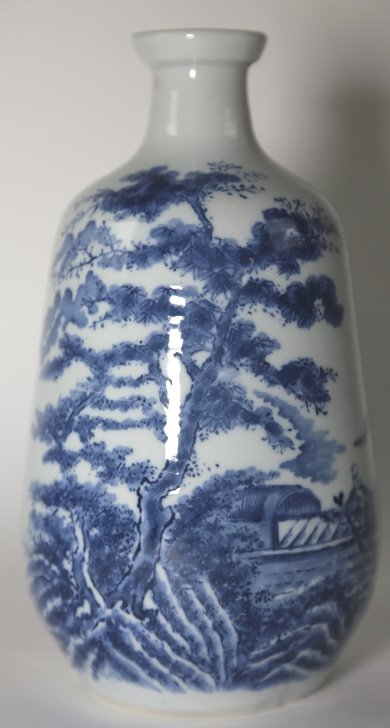 JAPANESE ANTIQUE BLUE AND WHITE SAKE VASE
