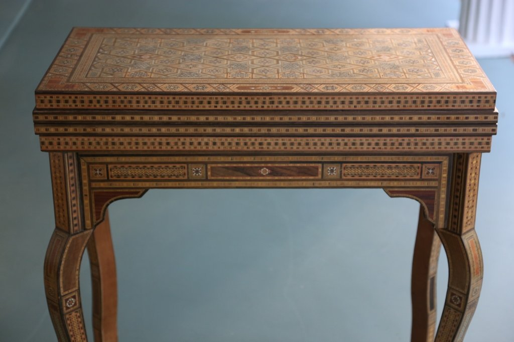 FINE ANTIQUE INLIAD MOROCCAN TRIPLE GAME TABLE - 5
