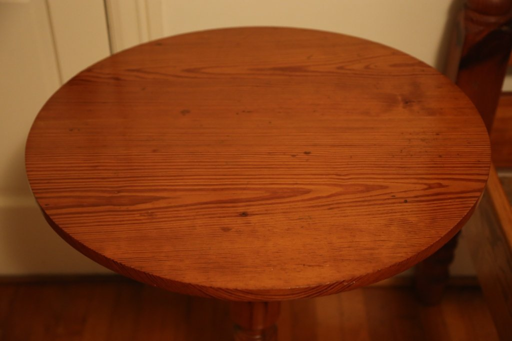 ANTIQUE SOUTHERN YELLOW PINE TILT TOP TABLE - 3