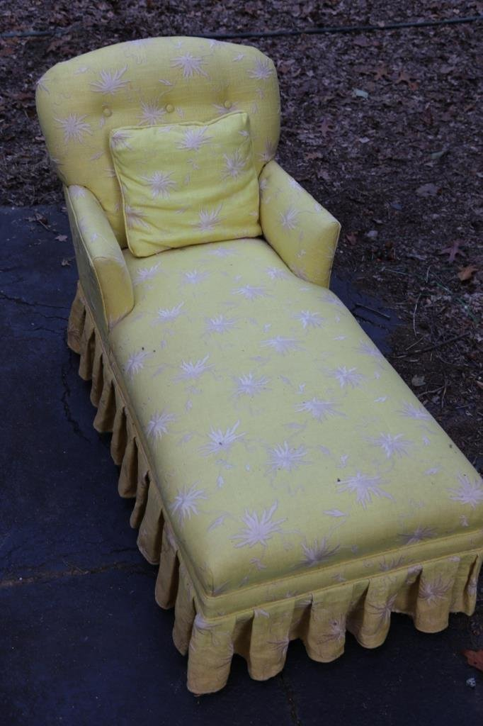 VINTAGE CHAISE LOUNGE - 2