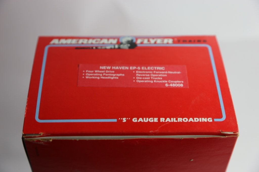 AMERICAN FLYER NEW HAVEN 8008 POWER LINE ENGINE - 4
