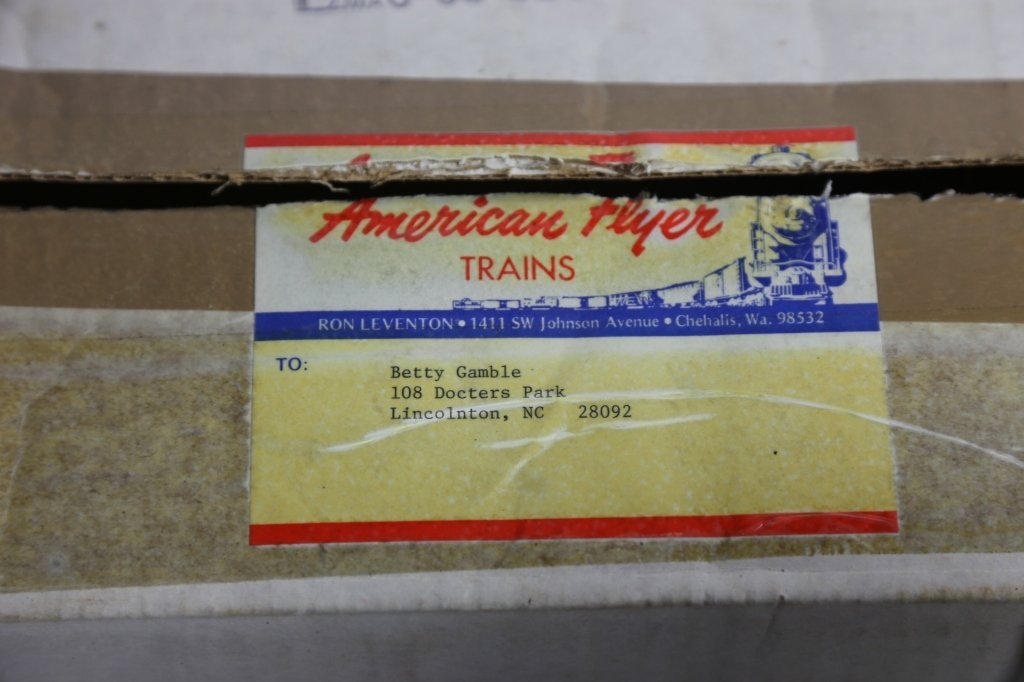 AMERICAN FLYER VINTAGE WATER TOWER W/ BOX - 4