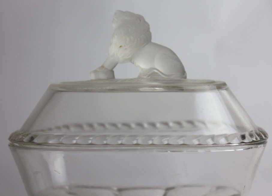 GILLINDER & SON COVERED GLASS LION DISH - 2