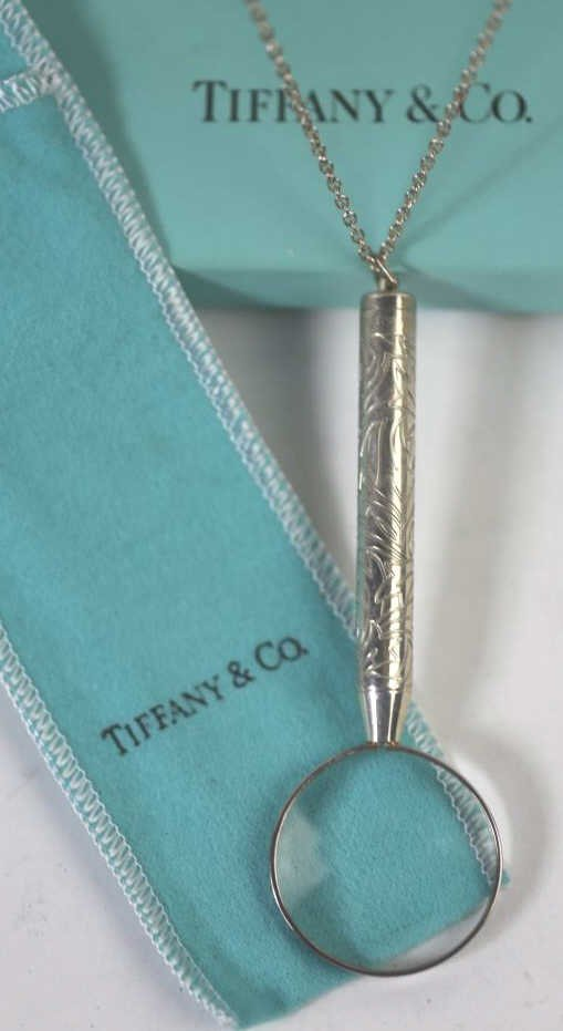 TIFFANY & CO. STERLING MAGNIFICATION GLASS & CHAIN