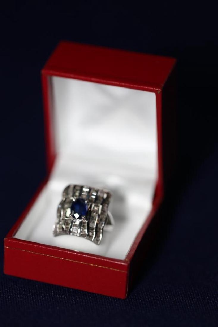 SAPHIRE & DAIMOND LADIES COCKTAIL RING