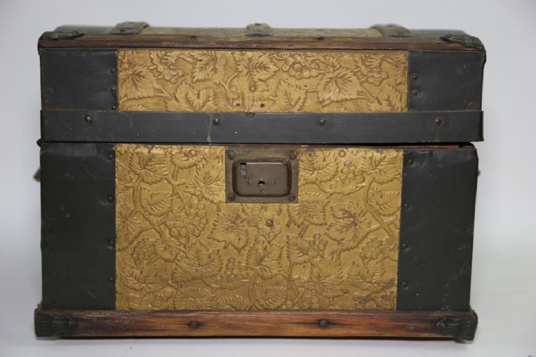 ANTIQUE DOME TOP CHILDS TRUNK WITH DOLL CLOTHES - 5