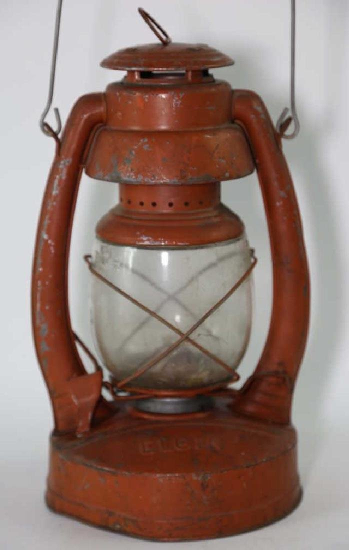 ELGIN ANTIQUE RAILROAD OIL LANTERN - 3