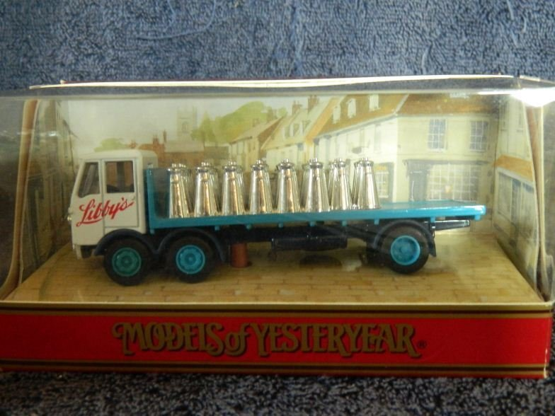 11: Matchbox Models of Yesteryear Y-42 1939 Albion ten