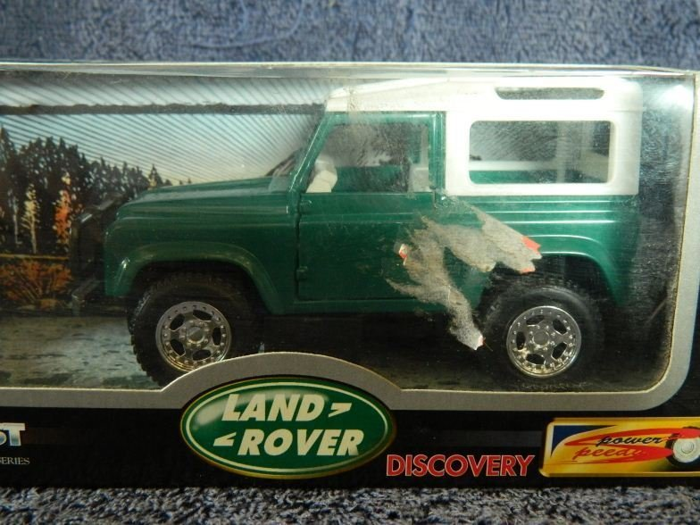 13: New Ray toys Land Rover Discovery