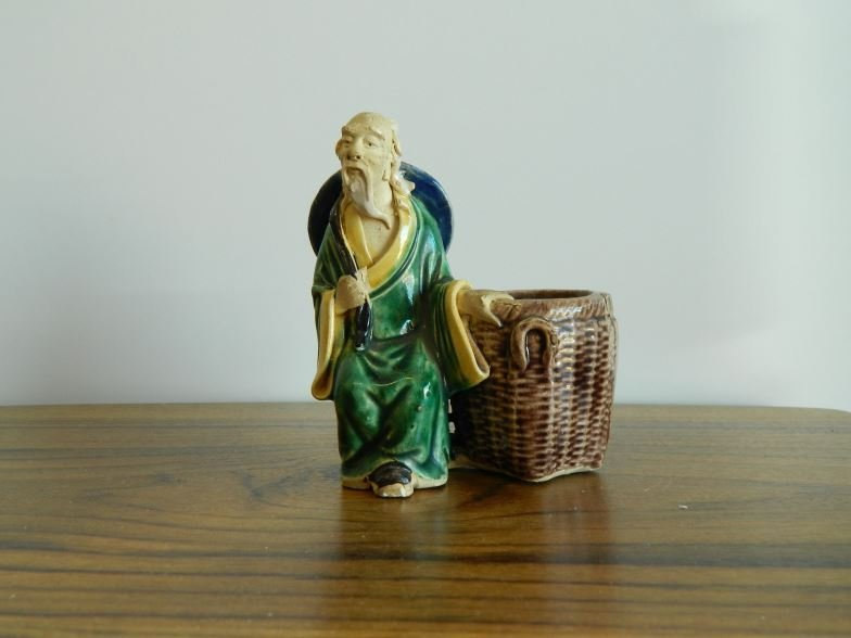 Oriental bud vase