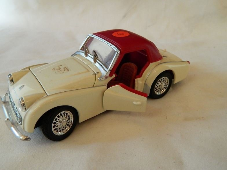 Saico Triumph TR3