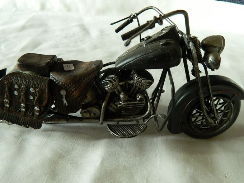 Harley Davidson motorcycle scale model