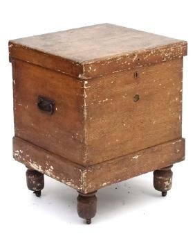 A Victorian combe decorated and lead lined wine cooler
