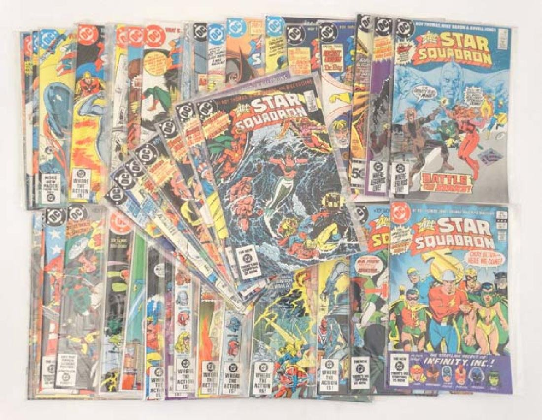 Comic Books: A collection of approx 31 DC Comics  '' - 2
