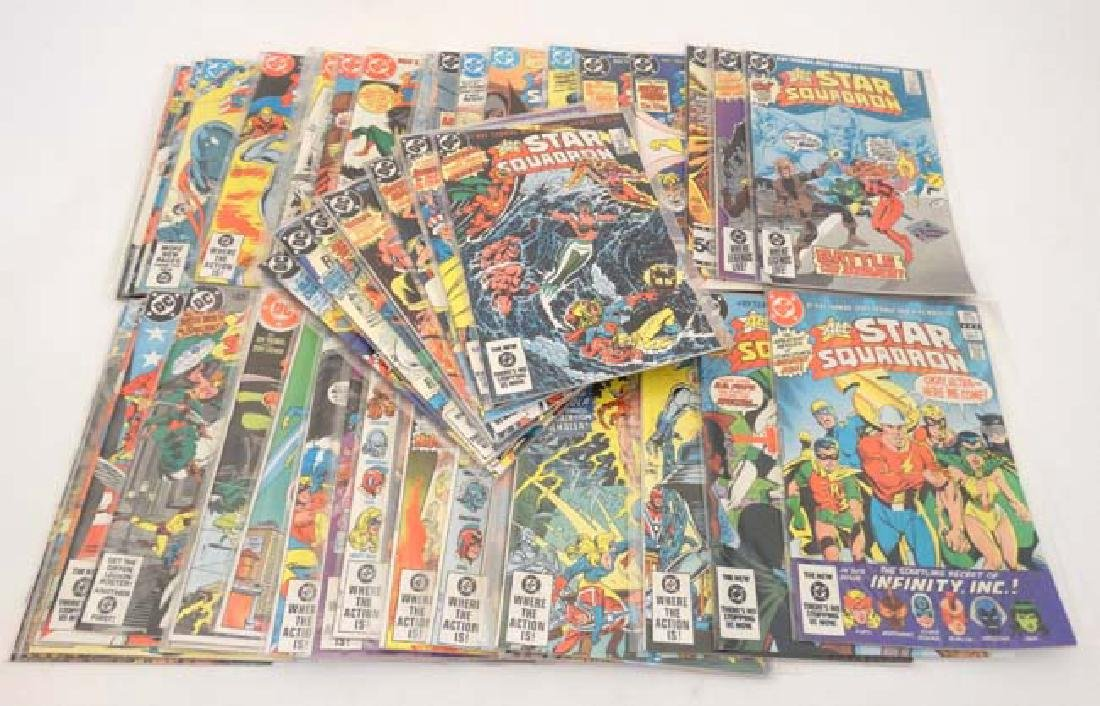 Comic Books: A collection of approx 31 DC Comics  '' - 3