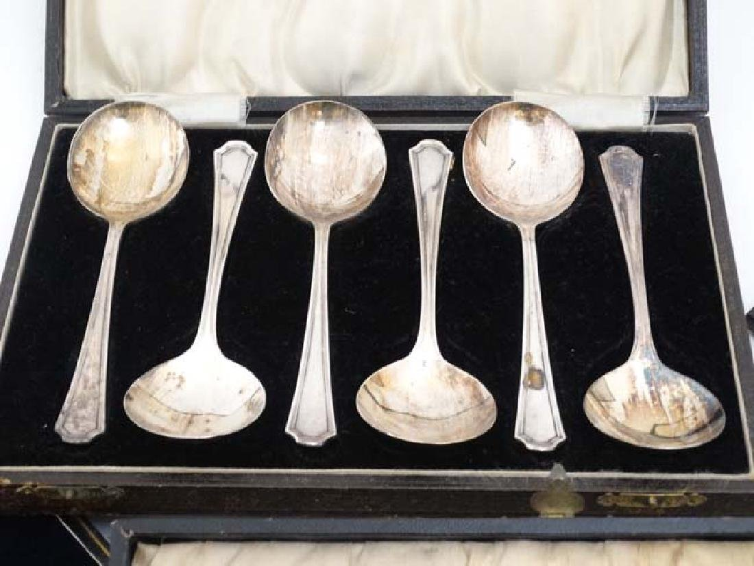Assorted silver plated cutlery to include a cased set - 4