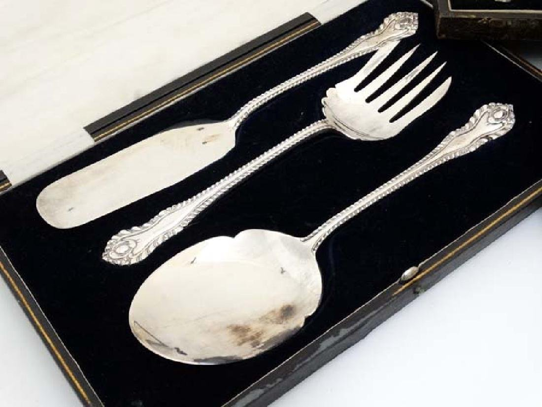 Assorted silver plated cutlery to include a cased set - 5