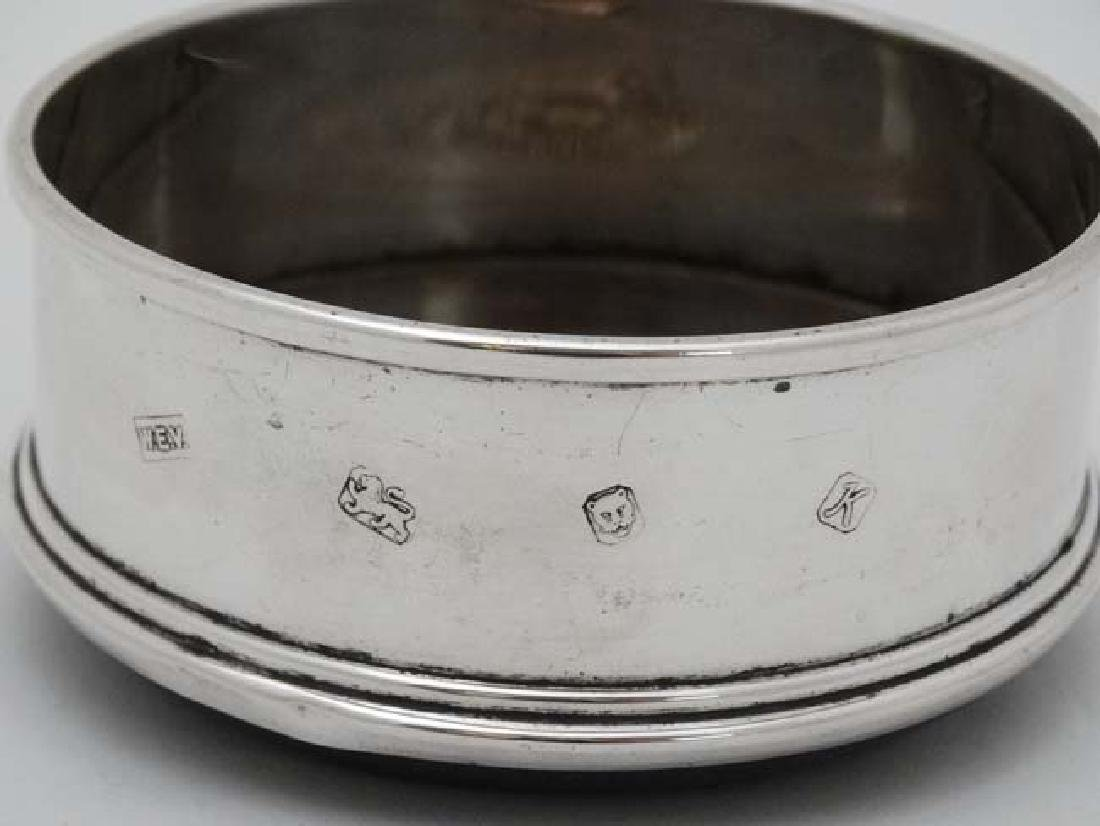 A silver coaster with turned wooden base London 1984 - 4