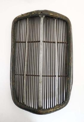 Automobilia : A Morris car radiator grill.  approx 26''