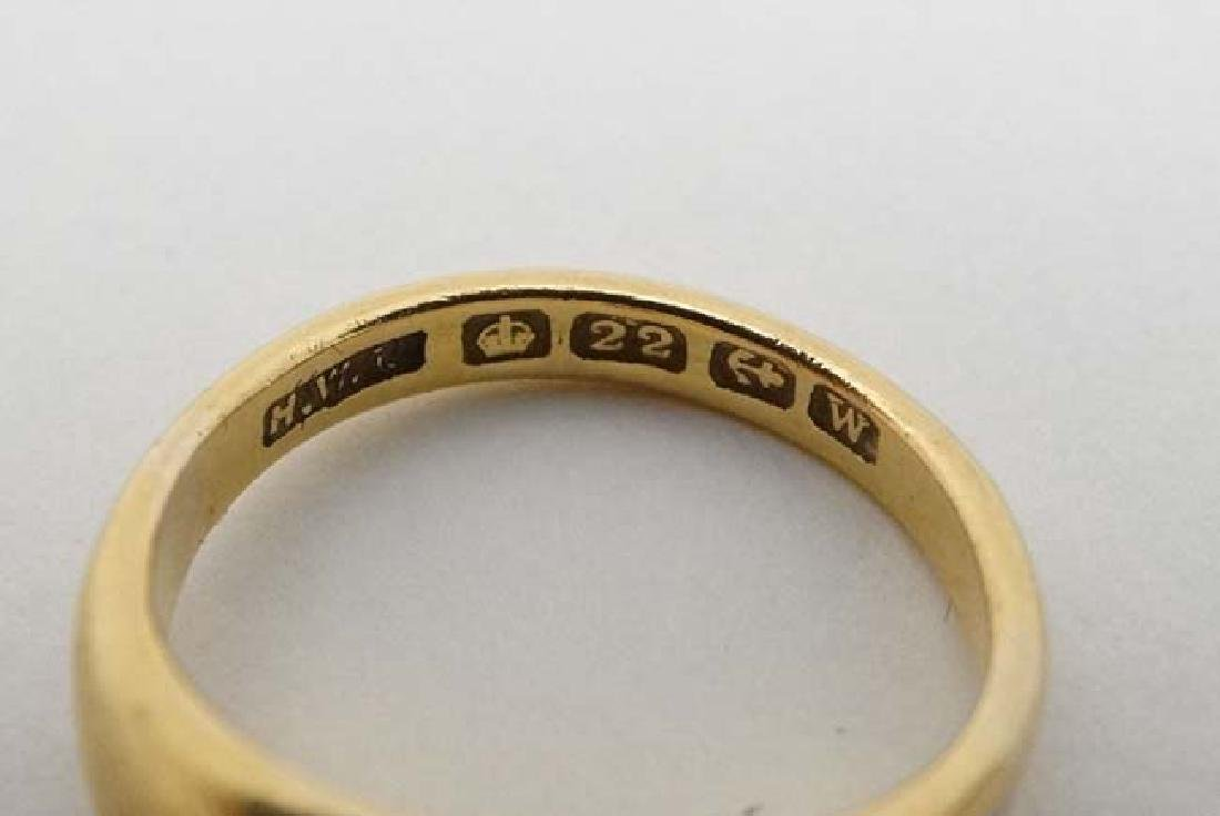 A 22ct gold ring set with white stone hallmarked - 2