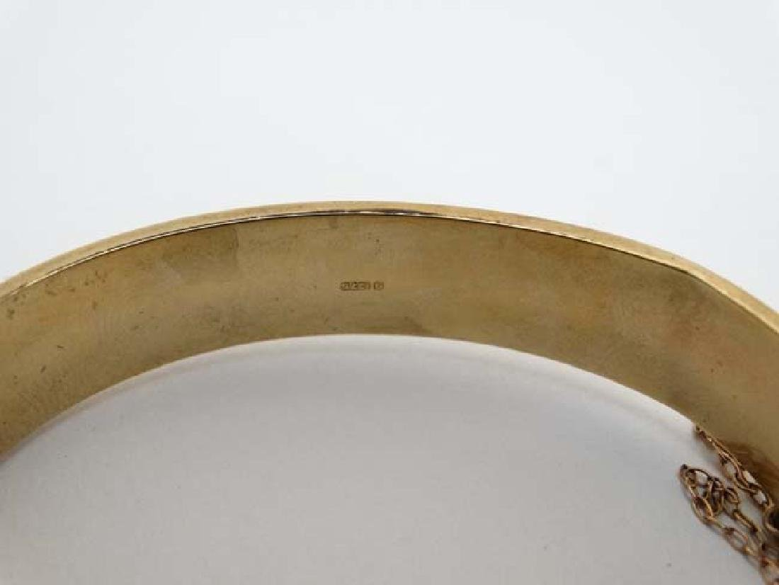 A 9ct gold bracelet of bangle form  with engraved - 4