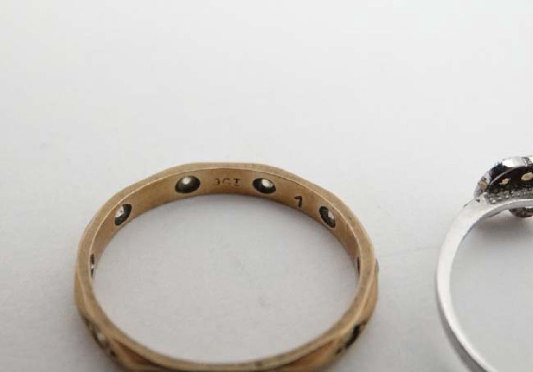 3 various rings to include 2 marked 9ct. (3) - 6