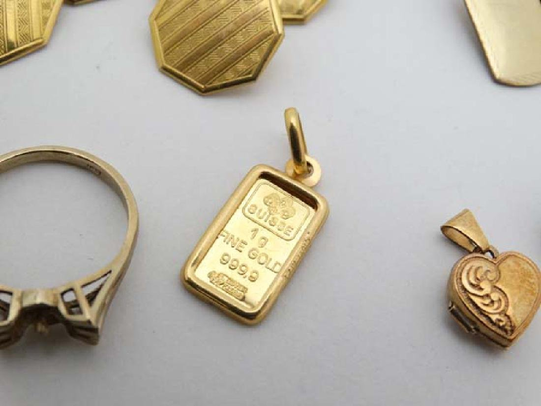 Assorted 9ct gold and gilt metal jewellery to include - 5