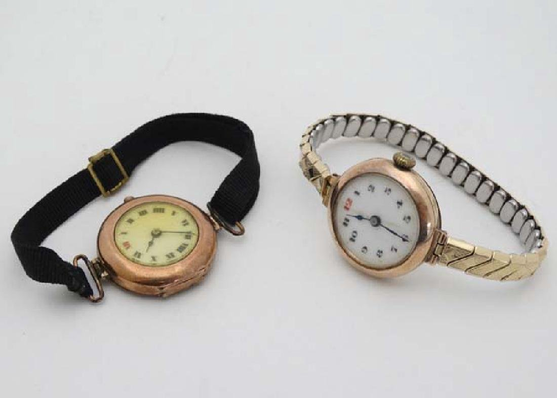 9 ct Gold  : an early Swiss mechanical wristwatch with