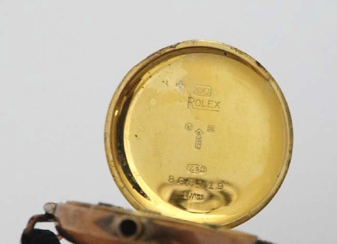 9 ct Gold  : an early Swiss mechanical wristwatch with - 2