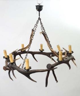 Taxidermy : An impressive Red Deer antler pendant
