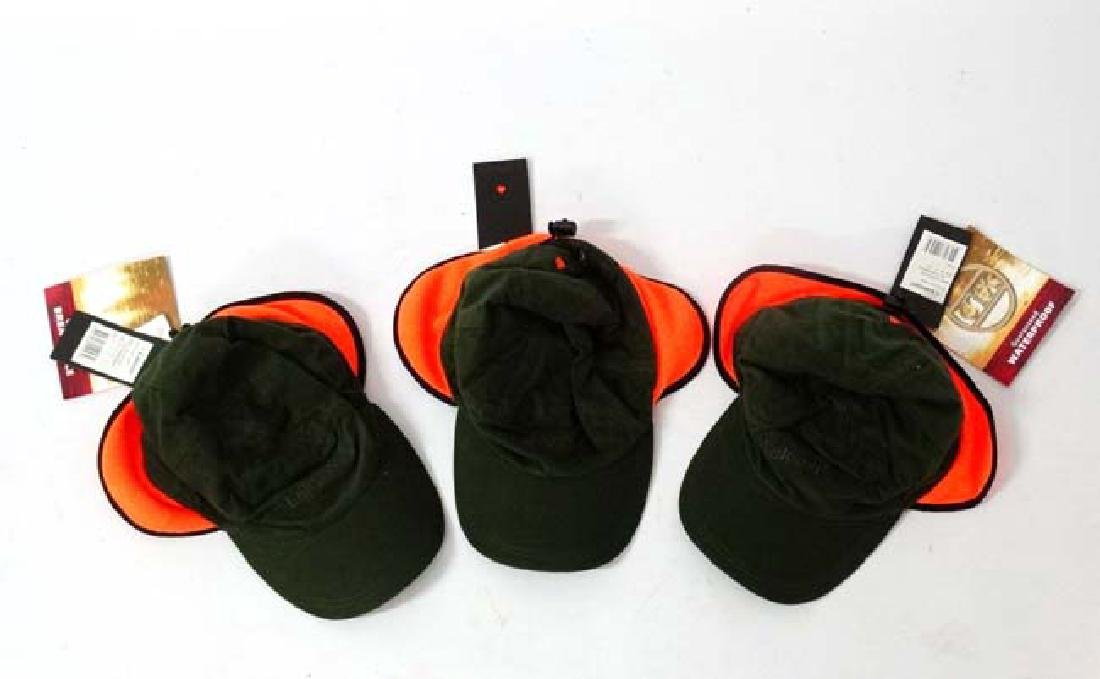 A set of 3 Laksen Stalker Caps, size L. (3)